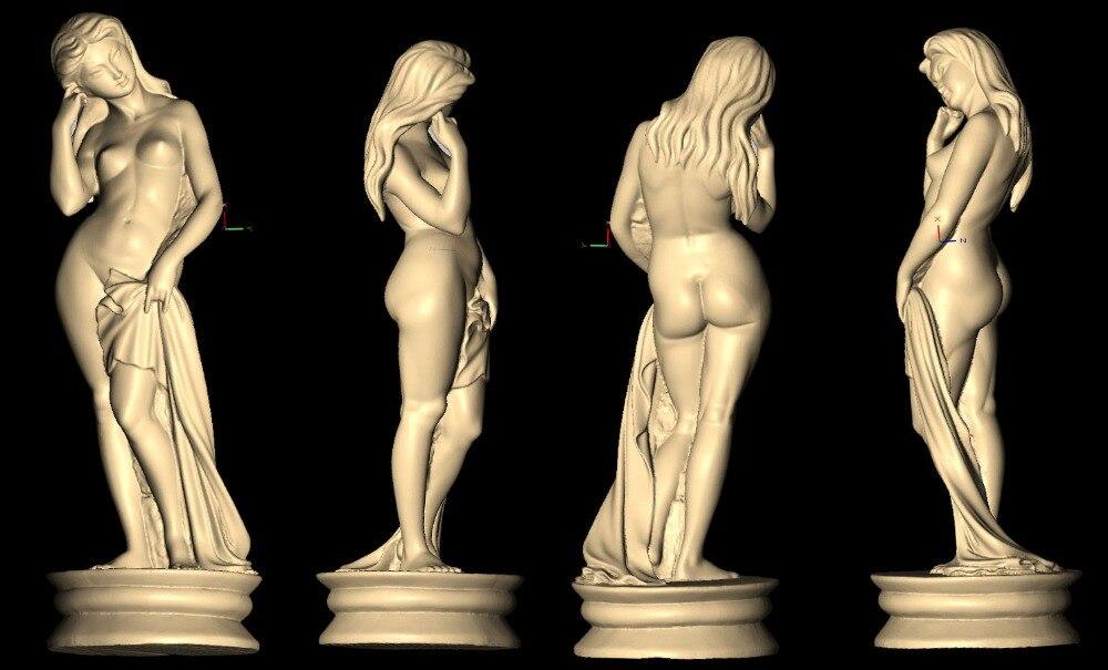 статуя голой девушки из дерева фото