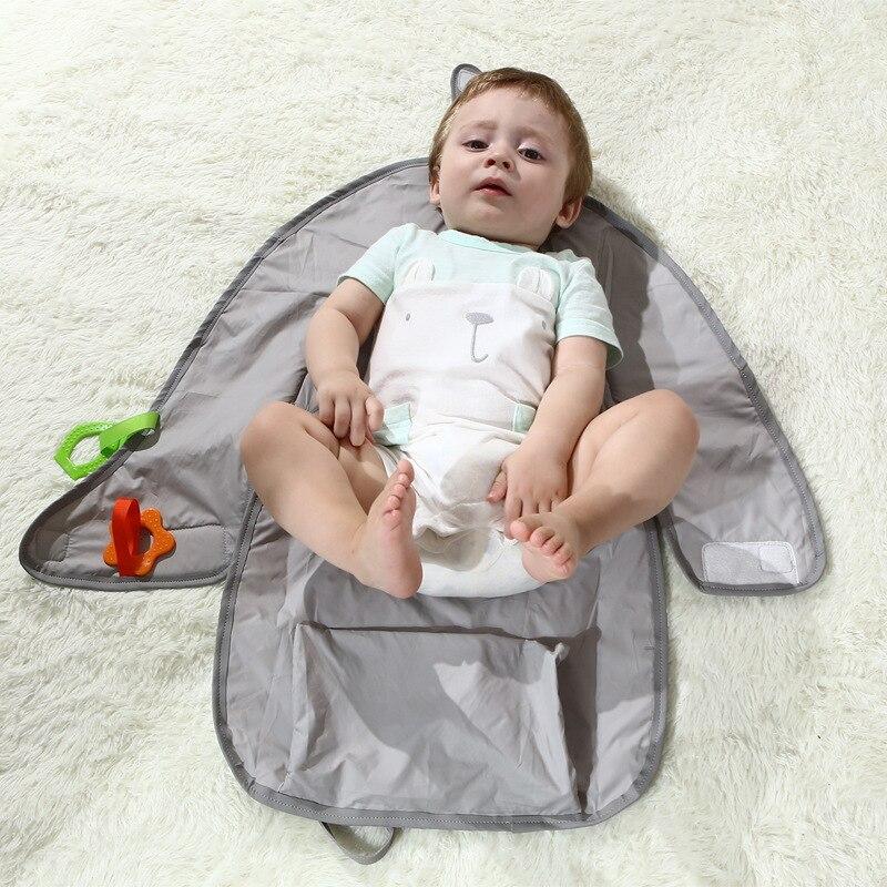 Nouveau-né pliable transporter échange urinaire Pad plus fonction Portable bébé Isolation couche