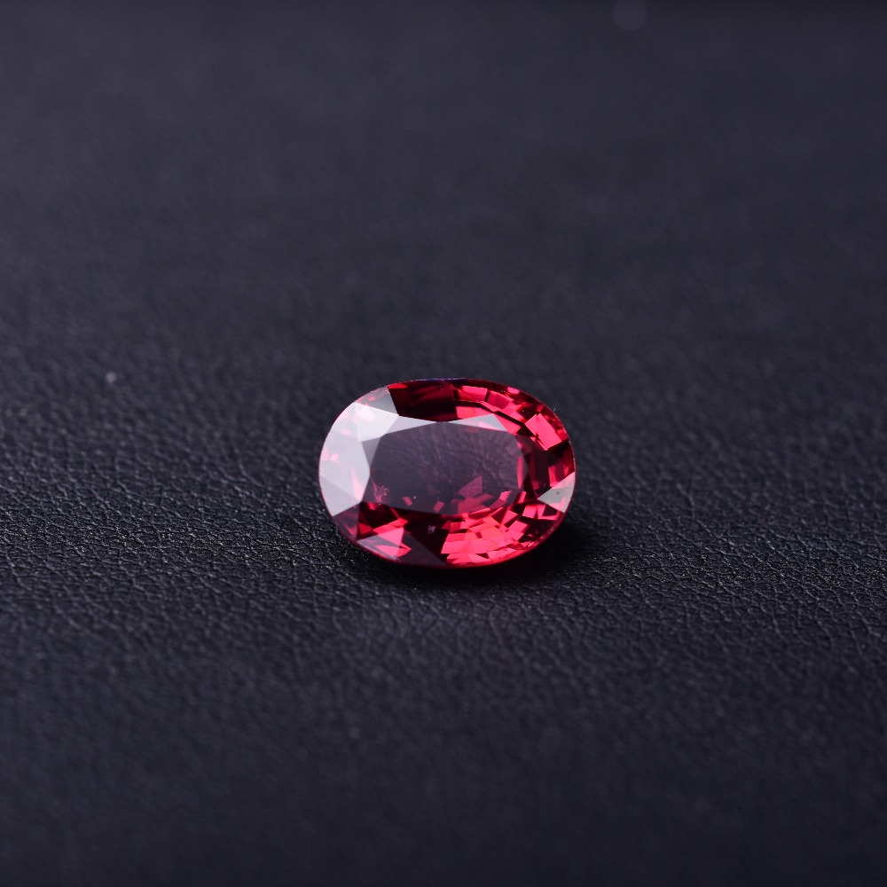 4.46 CT rubellite perfect natural gem quality assurance. Specifications: 11.9*9.2*5.0mm