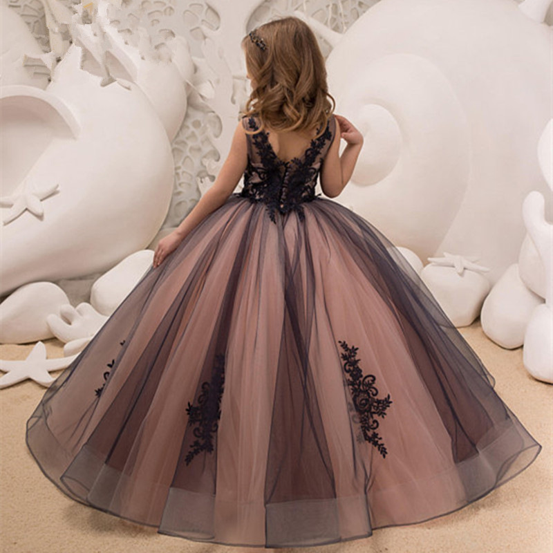 Ruffle Runway Dress Designers 2018 Baby Girl Dresses 7 Years See Through Dress Midi New Year Dress 2019 for Girls  Party WearRuffle Runway Dress Designers 2018 Baby Girl Dresses 7 Years See Through Dress Midi New Year Dress 2019 for Girls  Party Wear