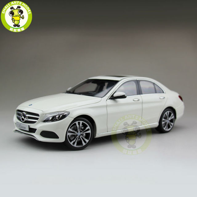 1:18 Daimler Mercedes Benz C-Klasse C-Classe Diecast Model Suv Car White