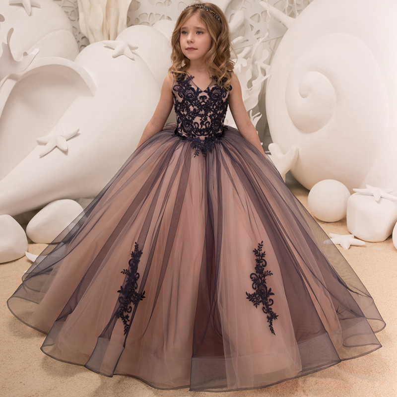 New Flower Girl Dresses Tulle Sleeveless Double V neck Lace Appliques Ball Gowns Girl Dresses Princess Birthday Party We