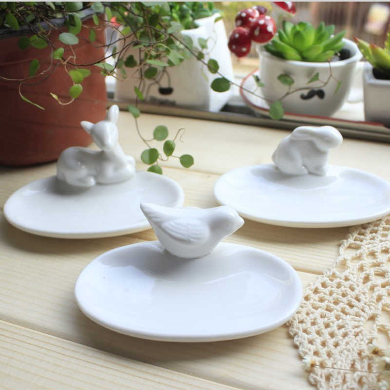 1pcs Zakka cooking tool Mini birdie fawn rabbit dishes plates rabbits Animal white ceramic tray Home decoration tableware ZL4341
