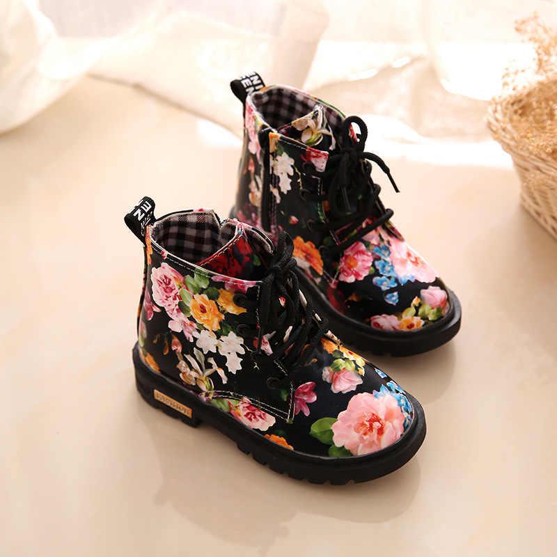 2019 การพิมพ์แฟชั่นรองเท้าเด็กรองเท้ารองเท้า PU หนังดอกไม้พิมพ์ดอกไม้ลำลองรองเท้าเด็ก Martin Boots