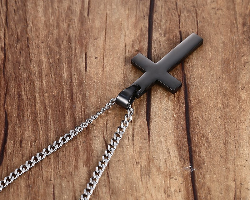 black-titanium-cross-pendant-necklace-3