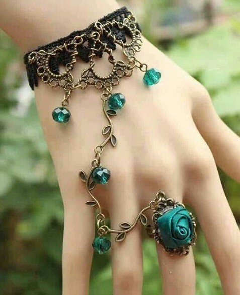 Artilady hand harness rose flower 2014 fashion vintage link bracelet Women jewelry new 2014