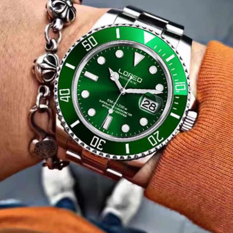 LOREO 赤水ゴースト腕時計自動 200 メートル防水ダイバー腕時計サファイアクリスタルミラーカレンダー発光スケルトン腕時計男性