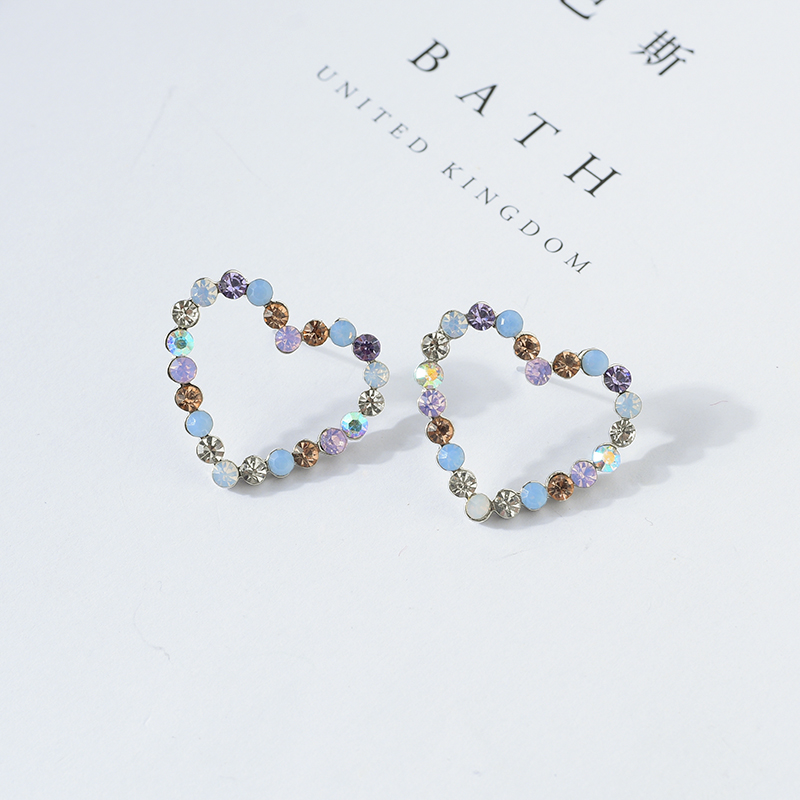 Aliexpress.com   Buy New Korean Hollow Multicolor Rhinestone Star Love  Heart Stud Earrings for Women Cute Fashion Girl Ear Jewelry Brinco Gift  E2457 from ... 1621aecb1c20
