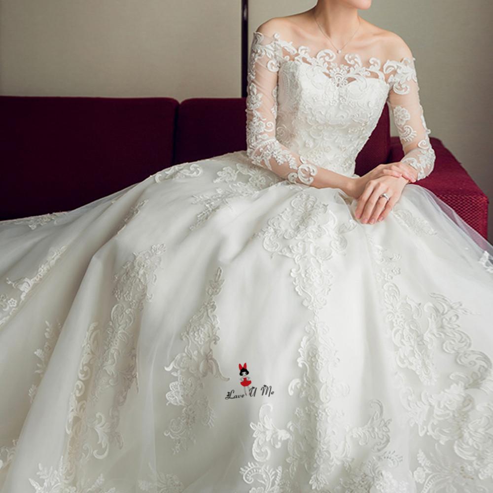 f9ca1b6e6f Vintage Long Train Wedding Dress 2018 Boat Neck Long Sleeve Lace Bride  Dresses Church Wedding Gowns Applique Abiti Da Sposa