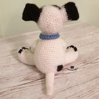 crochet armigurumi rattle dog model number 81