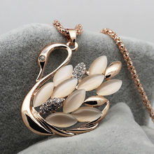 2017 New Arrival factory Wholesales High Quality gold color Cat Eye Swan Long pendant necklace fashion jewelry 19(China)