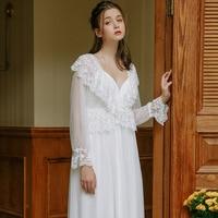 Sexy Robe Set Two Pieces Spaghetti Strap Deep V Neck White Cotton Sleepwear Lace Bathrobe Set Luxury Nightgown Long Negligee