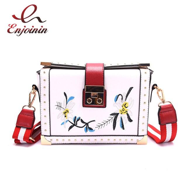 Очарование моды изысканной вышивкой цветы заклепки личности женский кошелек день муфты сумки на ремне сумки. кроссбоди мешок