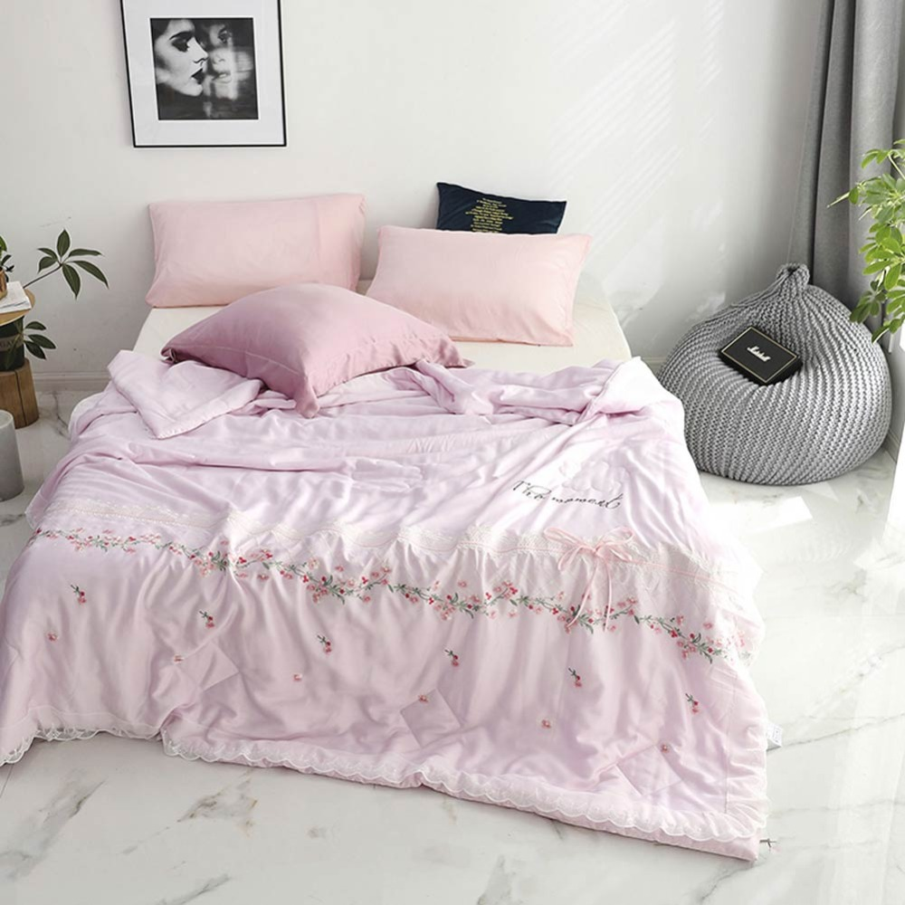 2019 Pink Flowers Brief Lace Summer Quilt Air-condition Embroidery Comforter Artificial Silk Fabric Polyester Queen Size2019 Pink Flowers Brief Lace Summer Quilt Air-condition Embroidery Comforter Artificial Silk Fabric Polyester Queen Size