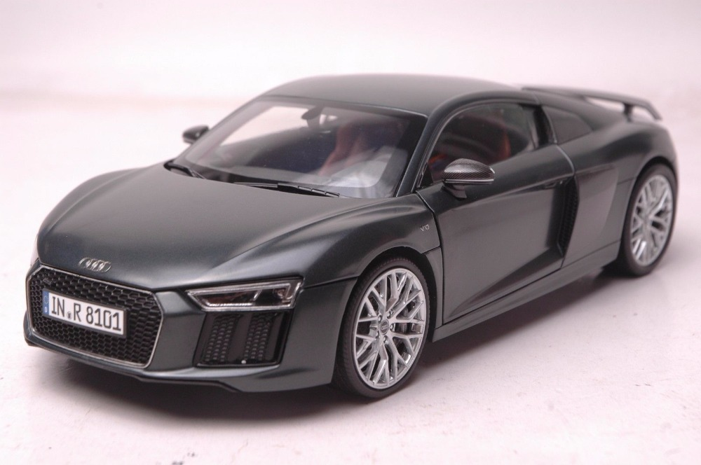 1:18 Diecast Model for Audi R8 V10 Plus Dark Gray Coupe Original Factory Alloy Toy Car Miniature Collection Gifts легковой автомобиль welly 24065 audi r8 v10