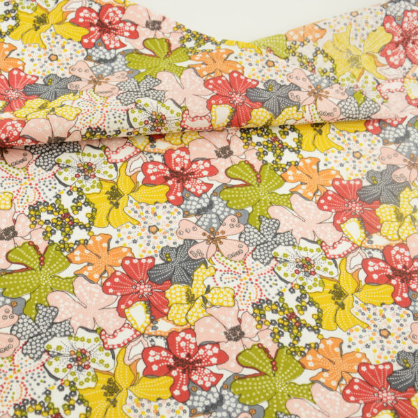 100% Cotton Fabric Patchwork Nydelige blomster designer Cloths for Doll's DIY Hjem Tekstil Dekor Klær Tissu Telas Art Work