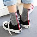 Con patrones de complte MADERA aguja calcetines de algodón para hombres 200 joker rojo Japonés, blanco y azul de barras TB calcetines 5 pares