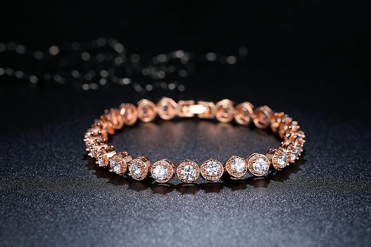 Rose Gold Plated Bracelet with Cubic Zirconia in white