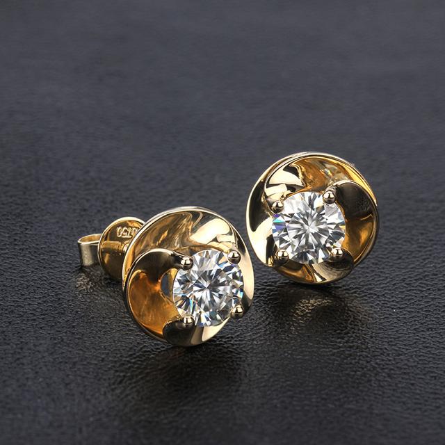 Fashion Engagement Earrings 18K Yellow Gold Round Shape 0.5 Carat Moissanite Diamond Screw back Stud Earrings for Women