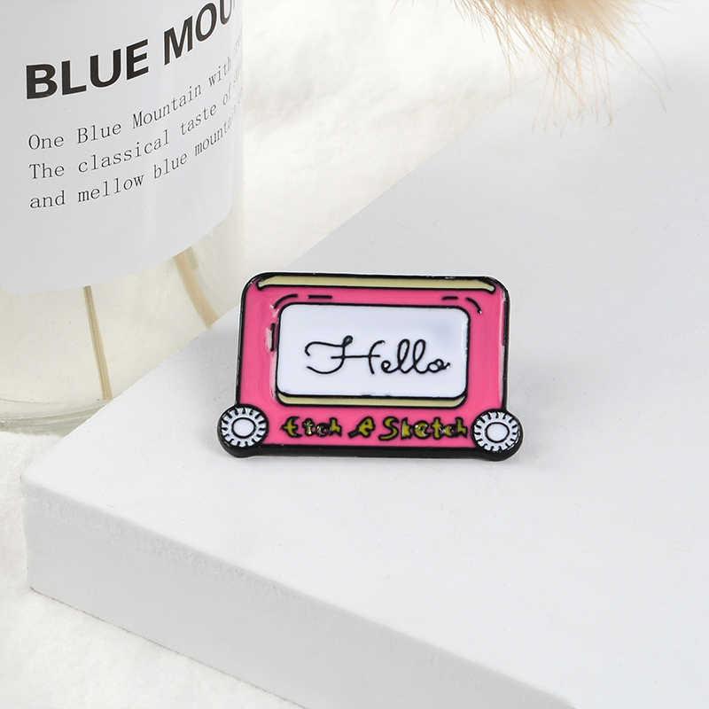 Hello Pink лента эмаль брошь ручка лацкан булавка джинсовая рубашка сумка мультфильм детство Старая школа ювелирные изделия подарок для девочки Друзья ребенок