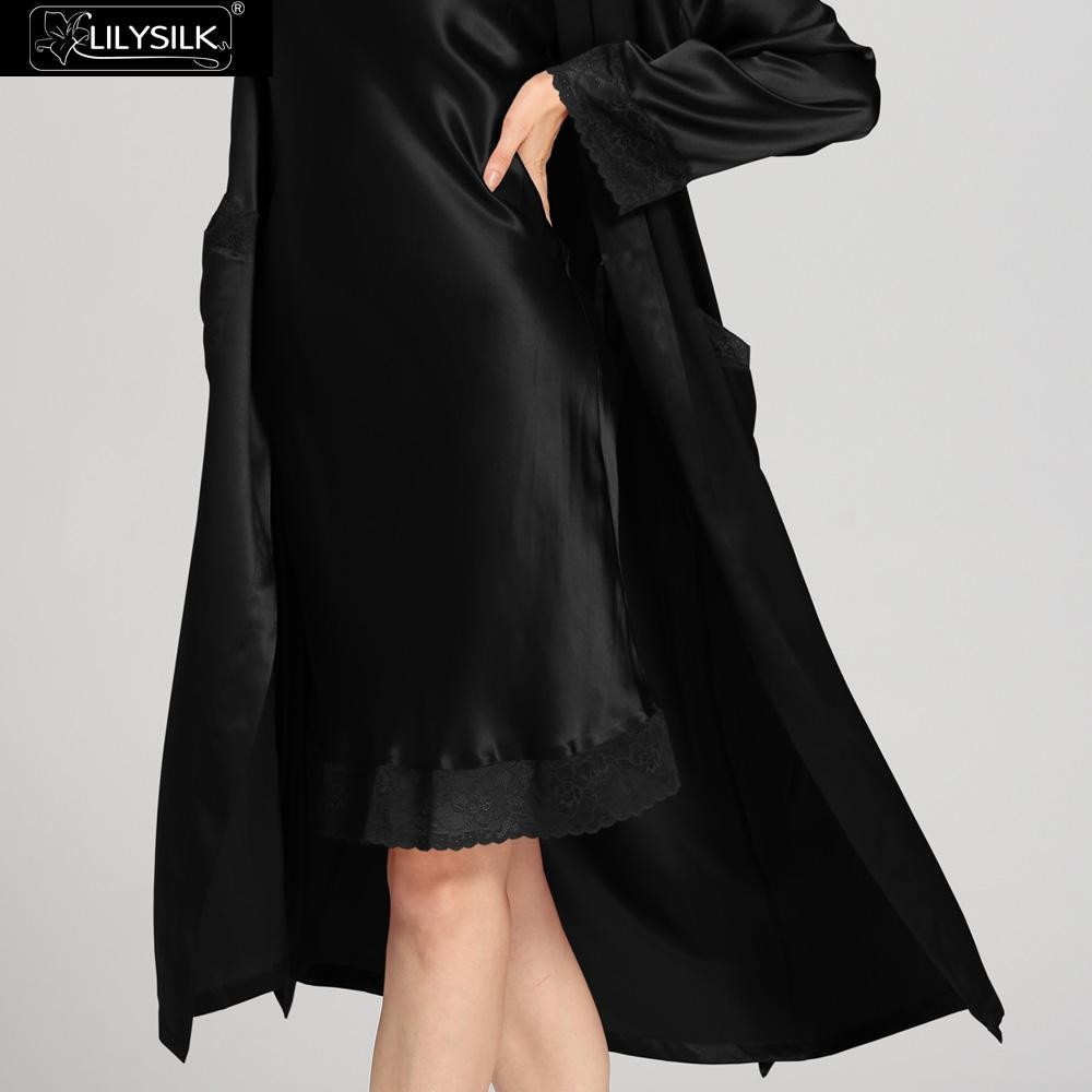 1000-black-22-momme-lace-long-silk-nightgown-&-dressing-gown-set-03