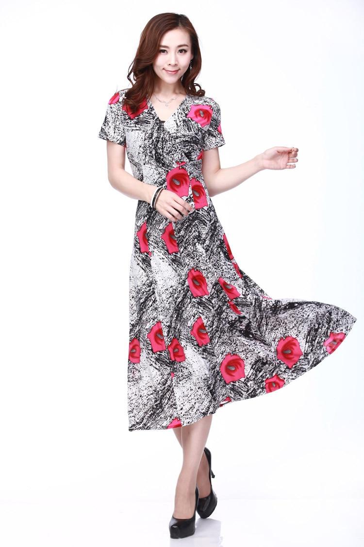 Middle aged women fashion dress