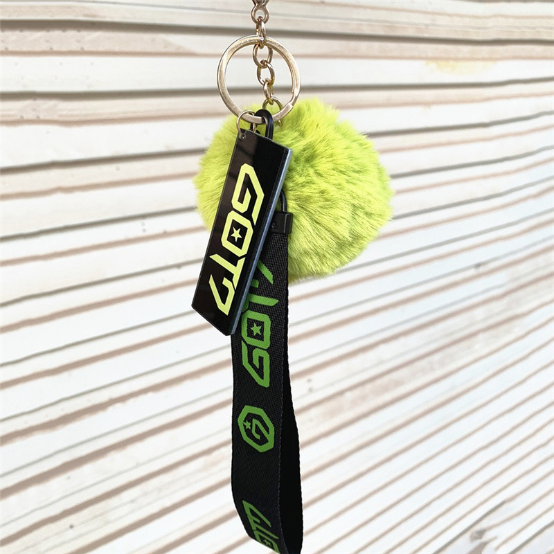 Pinksee Kpop Hairball Keyring Rope Holder BLACKPINK GOT7 TWICE SEVENTEEN WANNAONE Soft Fur Ball Keychain Pendant Ornaments