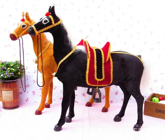 Cheval de simulation avec cloche de selle, fourrure et polyéthylène grand modèle de cheval 42x40 cm accessoires de voiture, cadeau de noël h2