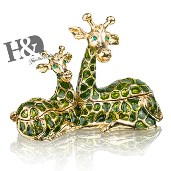 H&D Women's Fashion Sitting Giraffe Mom With Baby Jewelled Trinket Box Decorative Metal Jewelry Box For Chrismas Gift Home Decor