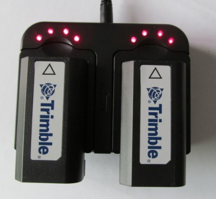 Trimble-Charger 57005800  R7  R8  DINI03  10  Chargers