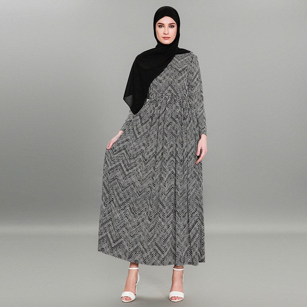 Nouveauté musulman Islam été décontracté longues robes O cou Slim taille Design manches longues Abayas Dubai turc vêtements 5079