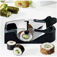 Küche Werkzeuge Sushi Form 1 satz Umweltfreundliche Kunststoff Küchenhelfer Reis Sandwich Brot Mold-plätzchen Mould Bento Heimwerkerutensilien