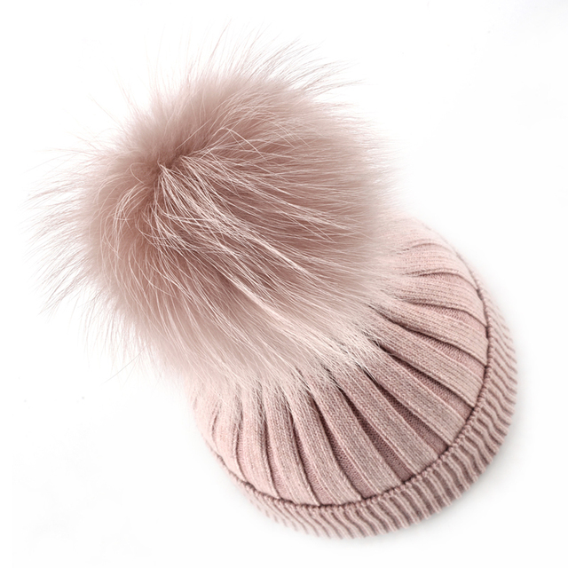 100% Настоящее мех Енота мяч шляпы для женщин шапочки вязаные Шерстяные смесовые ткани кости Сплошной цвет крышки Помпоном зимние женщины шляпа
