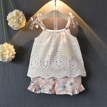 цена на DFXD Summer Girl Set 2018 Casual White Sleeveless Top+Floral Shorts 2pcs Girls Clothing Set New Baby Princess Outfits 2-8Y