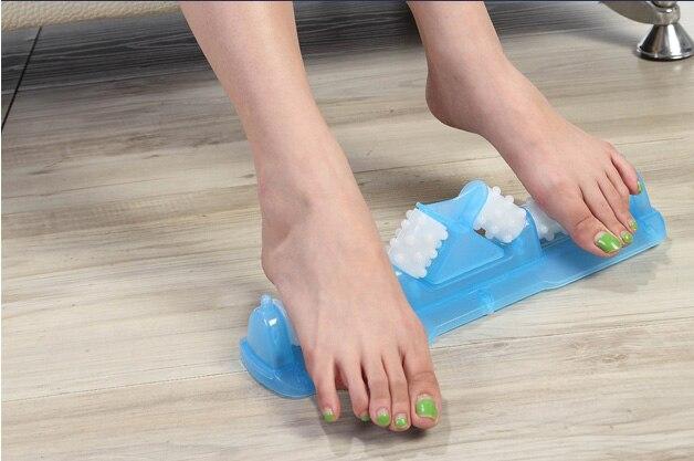 Three-dimensional foot massager plantar acupoint stimulation beauty massager roller foot foot massage three 100ml