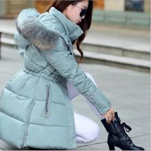 Теплые зимние куртки с меховым воротником для женщин, утепленные стеганые пальто, тонкие парки с капюшоном, Повседневная Верхняя одежда WLF012