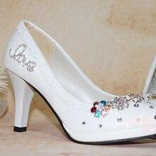 Kostenloser Versand Weiße Hochzeit Schuhe Frau High Heel Komfortable Büro Schuhe Brautkleid Schuh Bridemaid Schuhe Weihnachtsgeschenk