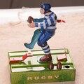 Clásico Americano de fútbol Boy Juguetes Mecánicos Retro Hojalata Coffection Artesanía Juguetes de Viento Clásico Hasta