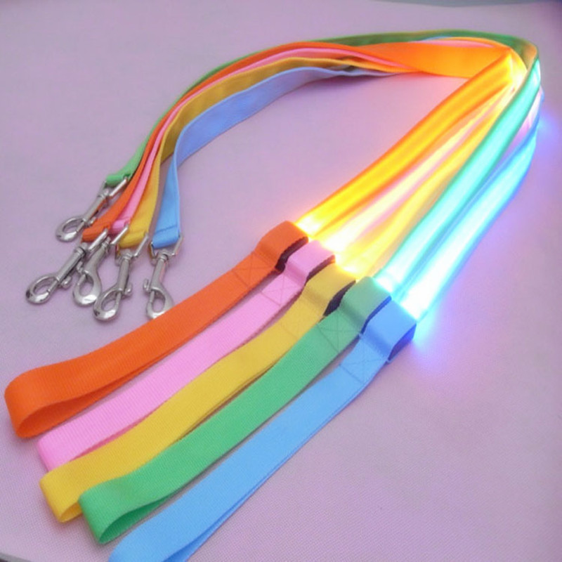 Nylonová LED svítí Psí vodítko Noční bezpečnostní LED blikání svítí v tmavém psa Obojí Zvířecí potřeby Kočka Kresba Malá LED LED psa vodítko