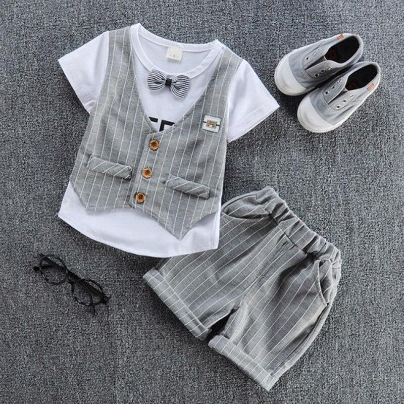 Nové jaro letní oblečení sady dětské motýlek tričko s falešnou vestu dětské tričko + kalhoty 2ks / set chlapci dívky nosí