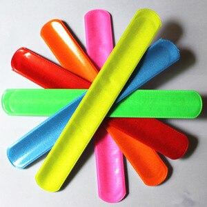 Image 5 - 100 sztuk nowa moda w różnych kolorach magiczny władca opaska zwijana bransoletki R150719