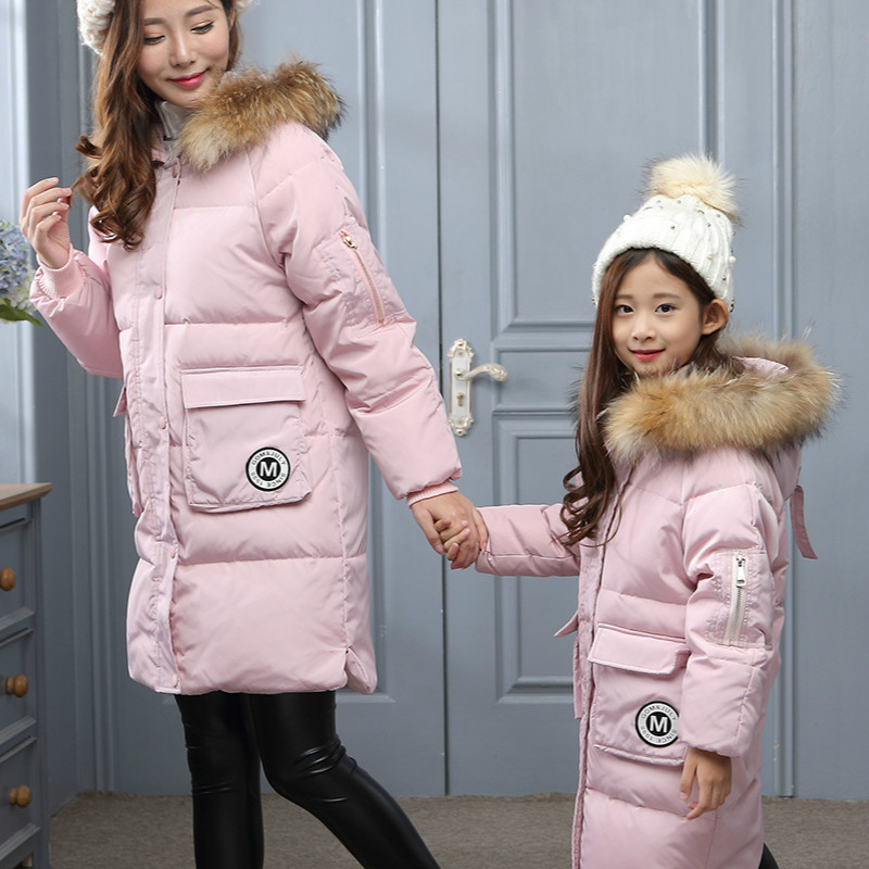Fashion the latest mom daughter daughter-in-law cotton jacket long winter warm outdoor clothes girl solid color coat the law and the lady