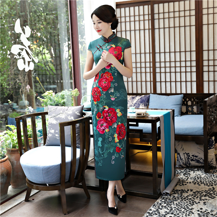 high quality Cheongsam long 2018 autumn winter new dress retro fashion less ladies cheongsam dress manufacturers