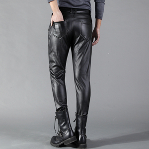 Image 2 - Thoshine מותג גברים עור מכנסיים Slim Fit אלסטי סגנון אביב קיץ אופנה עור מפוצל מכנסיים אופנוע מכנסיים Streetwear