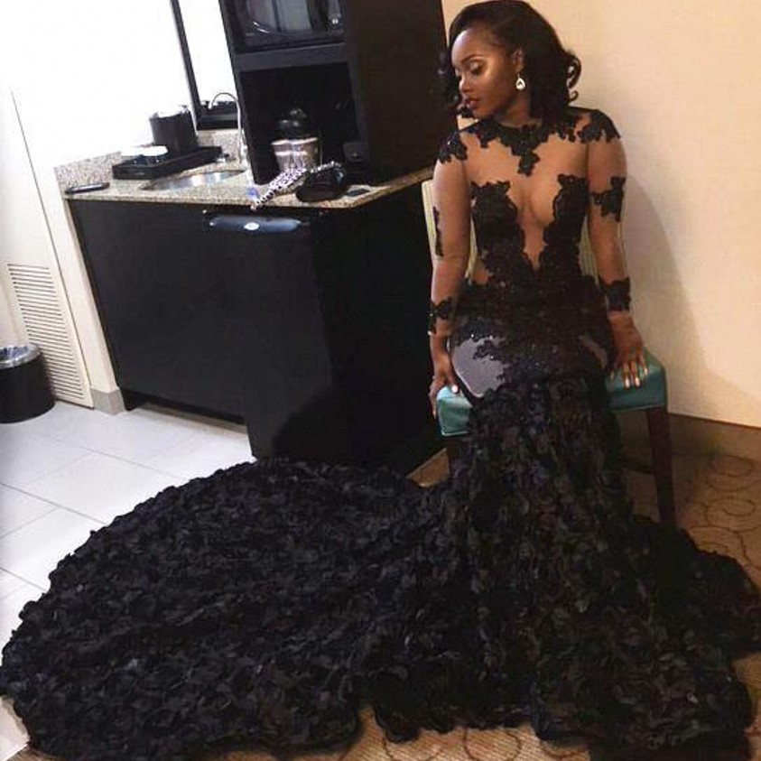 Fashion Long Sleeve Sheer Tulle Prom Gown Mermaid O Neck Lace Appliques Court Train Evening Dress For Wedding Party Custom Made