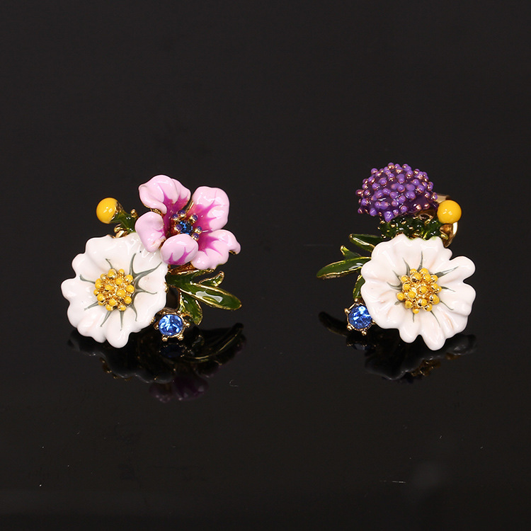 Campagna romantico Piante Serie Smalto Smalto Bianco Margherita Polline Fiore In Argento 925 Aghi Orecchino di Fascino Dei Monili