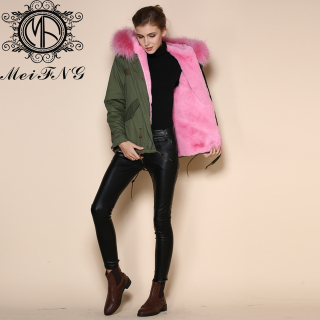 Fer snap bouton fourrure courte parka rose doublure manteau à capuchon femmes en fausse fourrure vestes
