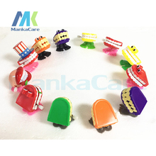 100 Pcs Funny Chattering Jumping Walking Teeth Shape Clockwork Toy Mini Children Christmas Animal Tooth Toys Gifts Wind Up Toys halloween chain clockwork toy ghost frankenstein vampire capsule funny joke prank wind up jumping walking toys kid gifts jm305