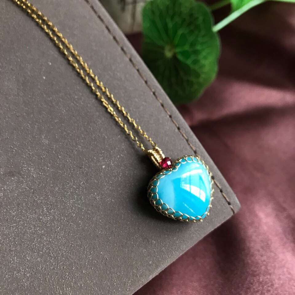Natural Blue Larimar Gemstone Pendant Necklace Chain From Dominica Heart Pattern 18x18x7mm Beads Crystal Fashion Pendant AAAAANatural Blue Larimar Gemstone Pendant Necklace Chain From Dominica Heart Pattern 18x18x7mm Beads Crystal Fashion Pendant AAAAA