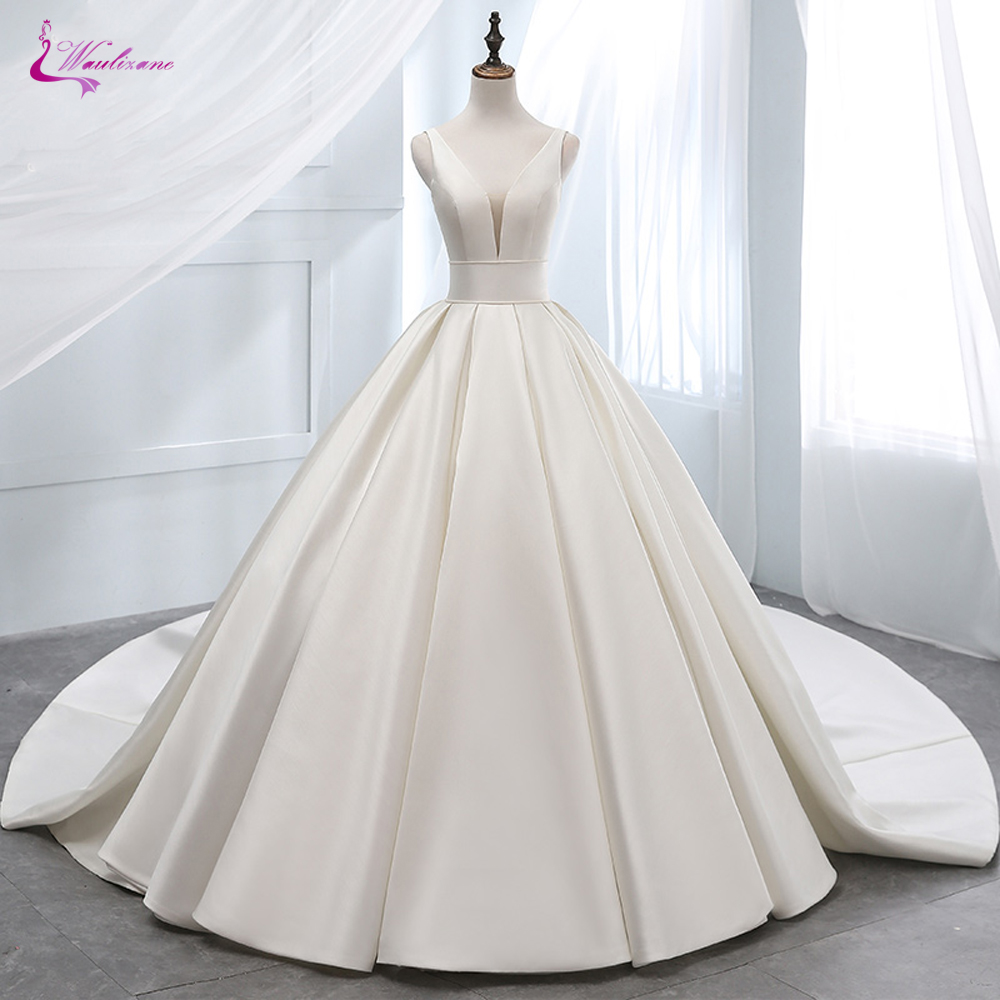 Waulizane Luxurt Pure Satin Elegant A Line Wedding Dresses With Deep V Neckline Wedding Gown Lace